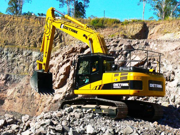 detank de220   TISCA   Tractor Implement Supply Company of Australia